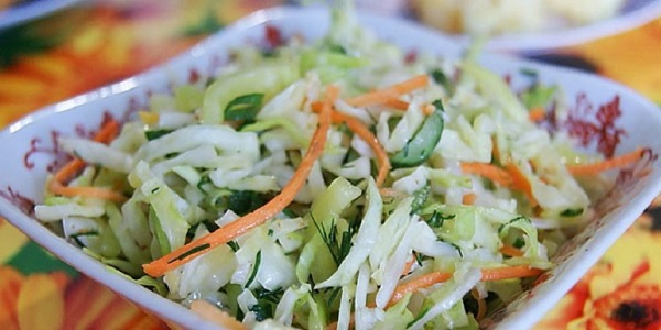Vegetable salad for slimming.