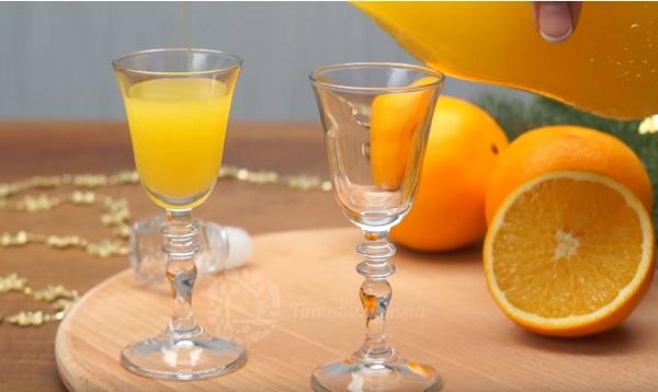 Orange liquor.