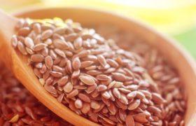Flaxseed porridge for women's health.